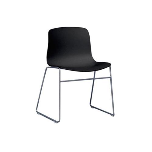SC-089B 黑色塑料椅